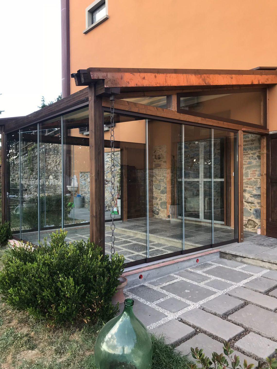 veranda con vetrata